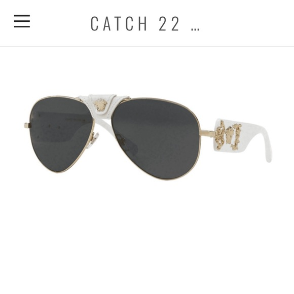 3e8e08799dea Versace White Baroque Aviator Sunglasses. M 5c304130df0307d9d30c0d98